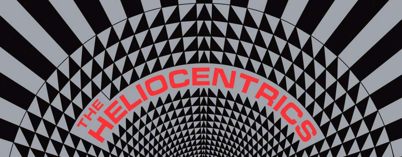 10.- The Heliocentrics: Out There (2007). Al igual que con el disco de Animal Collective si miras fijamente la portada por un momento prolongado tus ojos empezarán a dar vueltas.
