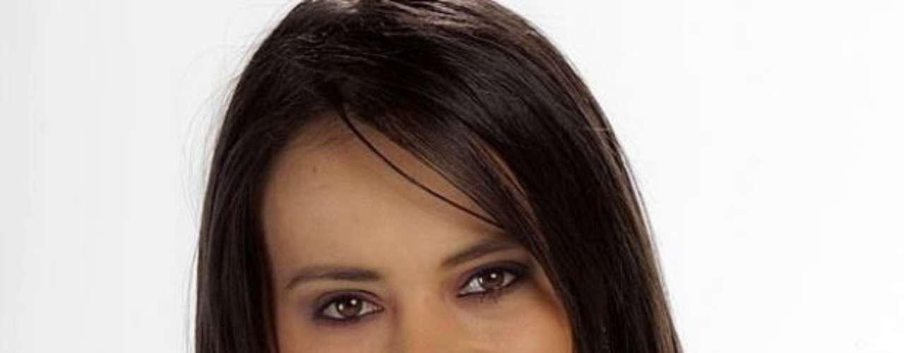Tras salida de Elianis, ingresa Andrea Jáuregui a PDNT: Después de la expulsión de Elianis Garrido del reality Protagonistas de Nuestra Tele, tras su agresión física hacía  Óscar Naranjo, la producción del programa eligió como su remplazo a Andrea Jáuregui, una joven de 23 años nacida en Cúcuta, Norte de Santander.  Andrea llegó a la Casa Estudio para demostrar que tiene aptitudes como actriz y aspira convertirse en una fuerte rival entre los participantes que quedan en competencia.