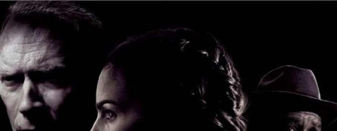 Million Dollar Baby (2004). La actriz Hilary Swank obtuvo un premio Oscar por la destacada interpretación en el papel principal de esta película. La historia narra la vida de Frankie Dunn, un veterano entrenador de boxeo que, en el apogeo de su carrera, decide  entrenar a una mujer para que llegue a la cima de este deporte. La cinta recibió tres premios Oscar más: mejor película, mejor director, y mejor actor secundario, concebido a Morgan Freeman.