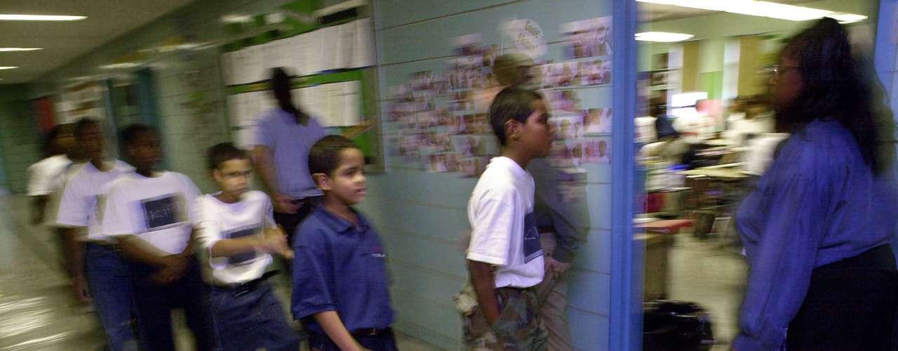 El estudio, hecho conjuntamente con la organización Rob Paral & Associates, está basado en informes del 2006 al 2010 tanto de la Oficina del Censo como de la Oficina de Estadística Migratoria del Departamento de Seguridad Interna.