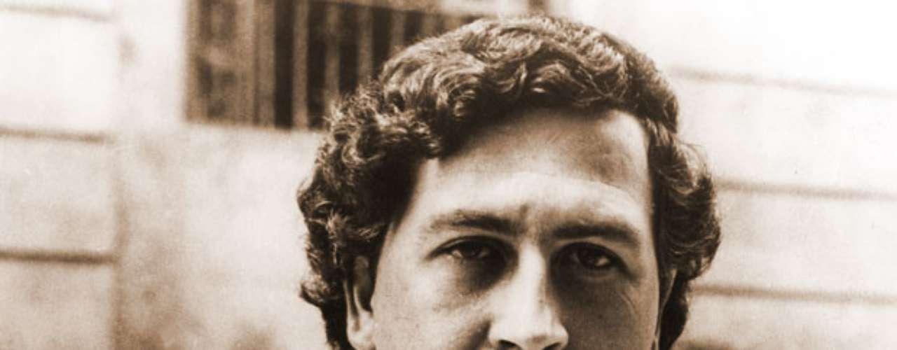 Escobar ocupó aquella prisión durante poco más de un año desde el 19 de junio de 1991 tras sellar un acuerdo con el entonces presidente César Gaviria, por el que el jefe del cartel de la droga de Medellín aceptaba el cautiverio a cambio de que el Gobierno revocara un tratado de extradición con Estados Unidos.