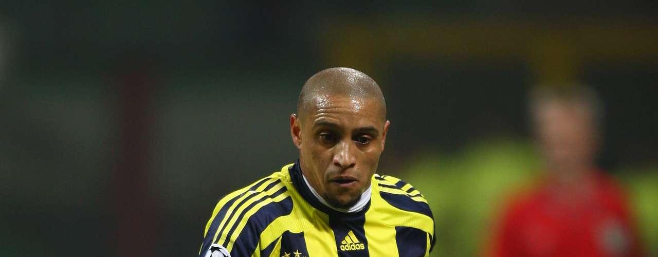 Roberto Carlos terminó en 2007 su ciclo con Real Madrid y el Fernerbache de Turquía le abrió las puertas del 2006 al 2009.