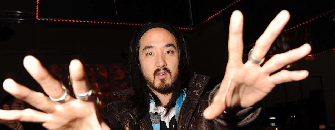 El quinto lugar entre los DJ mejor pagado es Steve Aoki con $12 millones de dólares.