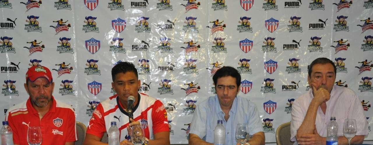 Teófilo Gutiérrez no prometió una cantidad de goles exacta, sólo dijo que quiere darle muchas alegrías a la hinchada del Junior de Barranquilla.