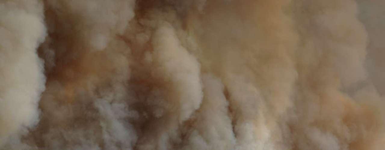 El alguacil informó que al menos 25 viviendas, una guardería infantil y numerosas instalaciones anexas fueron quemadas por un incendio que quizá fue deliberado en las inmediaciones de Luther, una ciudad a unos 32 kilómetros (20 millas) al noreste de Oklahoma City.