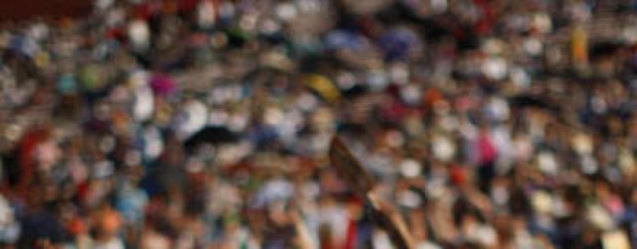 Centeneras de personas católicas participaron en la principal celebración para la virgen fuera de México.