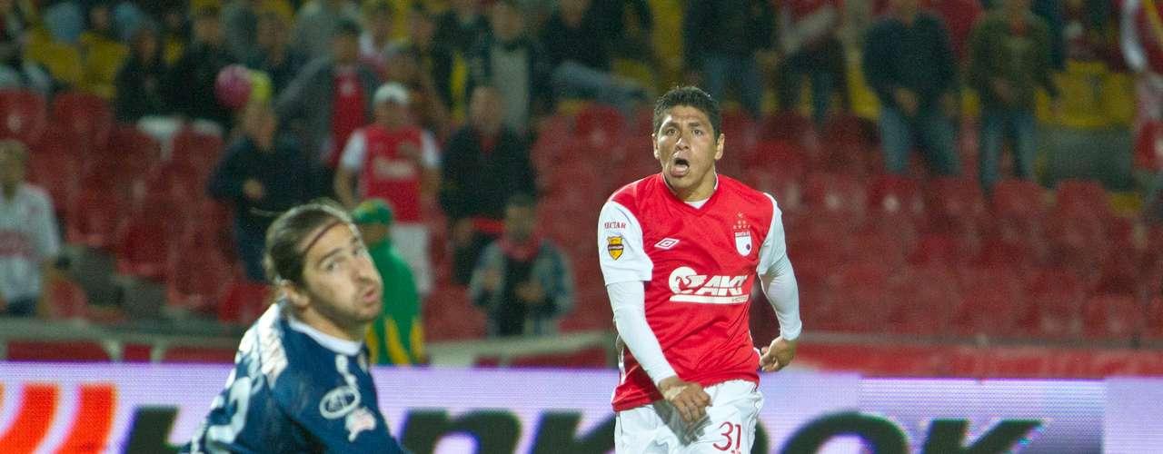 El boliviano falló la oportunidad más clara que tuvo en el juego.