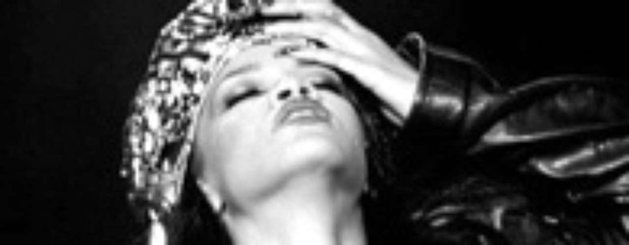 Rihanna tiene algunas estadísticas similares con los \