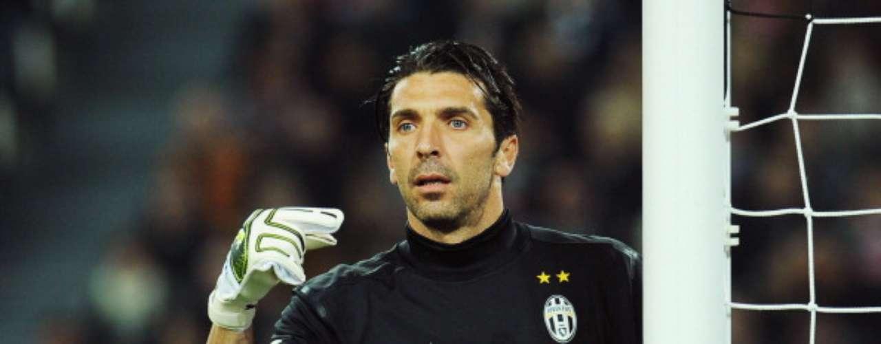 Gianluigi Buffon ha hecho historia debajo del arco de la Juventus.