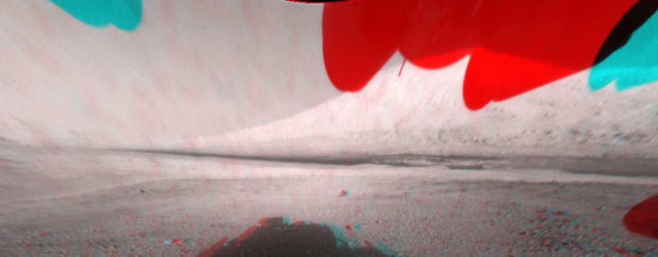 La NASA ya ha difundido las imágenes espectaculares de la llegada del Curiosity y las fotos aéreas, así como un video con los últimos minutos del descenso vertiginoso de este vehículo robótico de 900 kilos, el más pesado y más sofisticado enviado nunca a otro planeta.