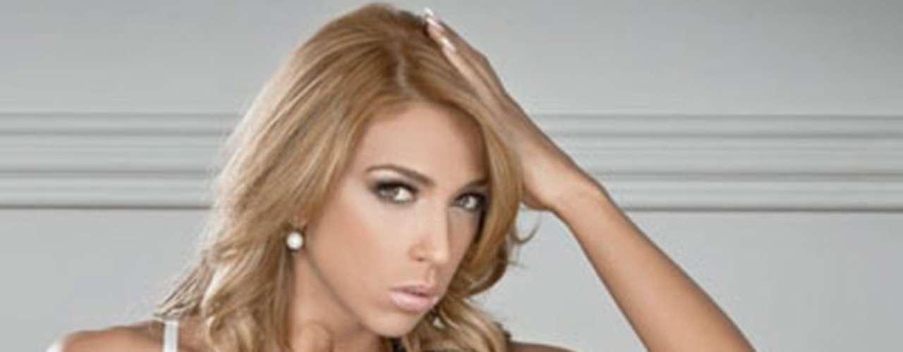 Juliana Rodrigues participa en el programa 'Estrella2', junto a Israel Jaitovich.