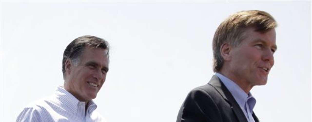 El gobernador de Virginia, Robert McDonnell, también está en la \