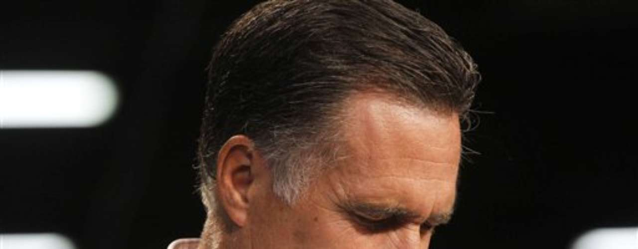 Hasta ahora, ni siquiera se puede especular porque Romney no ha dado ni una sola pista de su decisión. Si ya está tomada, solamente la conoce él, su esposa, Ann Romney, y alguno de sus más íntimos colaboradores.