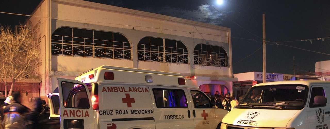 Según un artículo publicado por el diario La Reforma, al menos 283 personas murieron a manos del crimen organizado en 20 estados del país. Un centenar de los fallecidos fueron asesinados en solo tres días. Esta cifra continúa en ascenso y para muestra un botón.