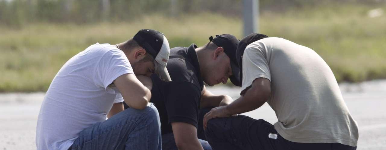 Un enfrentamiento entre civiles armados y elementos del Ejército Mexicano dejó cinco muertos en Cedral. El tiroteo se registró durante las primeras horas del sábado 11 de agosto.