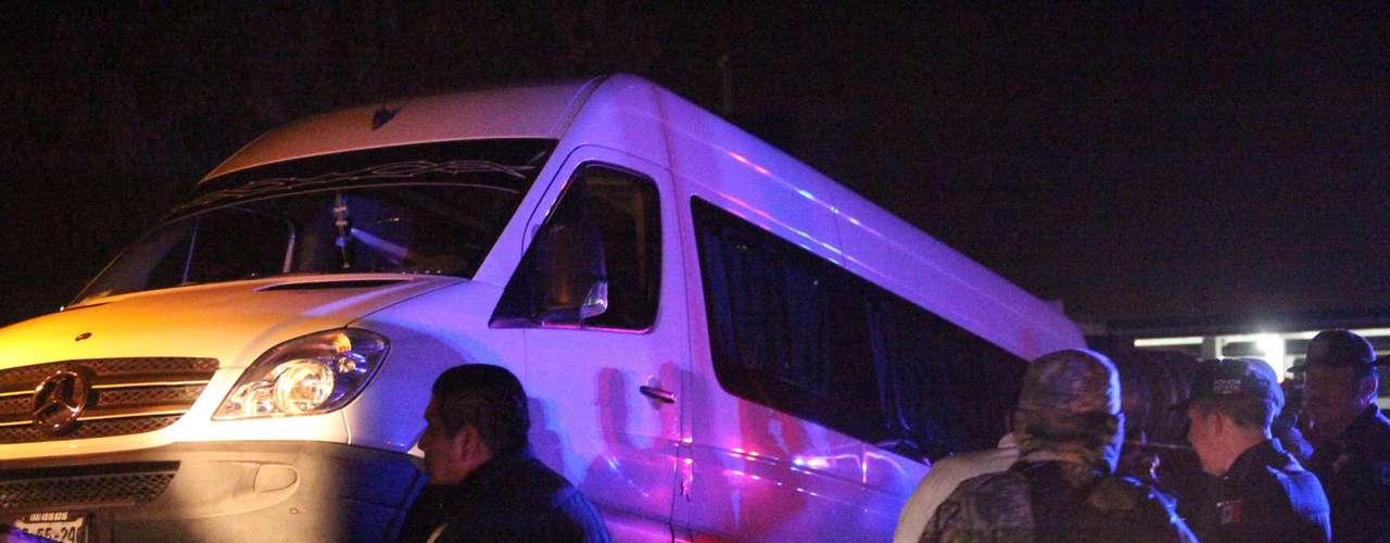Tan solo un día antes, habían matado a 20 personas. Catorce ejecutados fueron abandonados en una camioneta en la carretera hacia Zacatecas. Según la Procuraduría General de Justicia del Estado (PGJE) se trataba de personas que habían sido secuestradas.