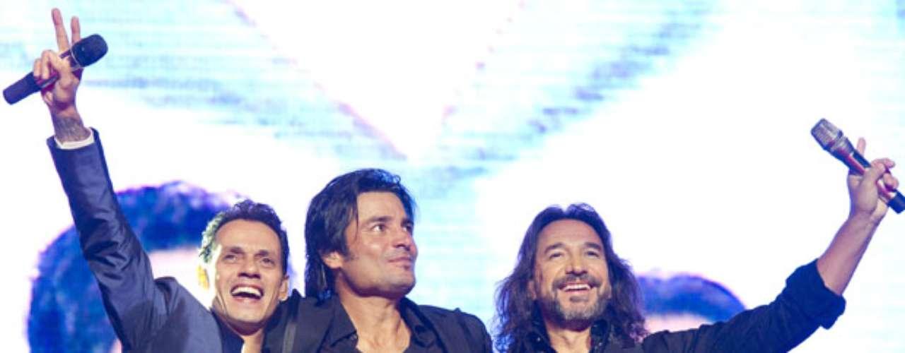 Durante el show que ofrecieron en el IZOD Center de East Rutherford, Nueva Jersey, cantaron juntos \