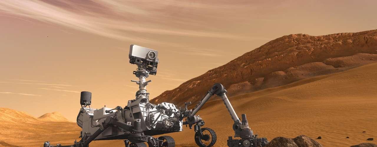 1. Actualmente la atención del mundo está sobre el Curiosity. Este es el vehículo con mayor capacidad científica de todos los enviados al espacio. El Curiosity ha sido enviado para investigar el interior del cráter Gale, que se encuentra en la montaña central de Marte para ver si hubo agua allí y por consecuencia vida. Pero, ¿qué otros proyectos ambiciosos ha financiado la NASA?