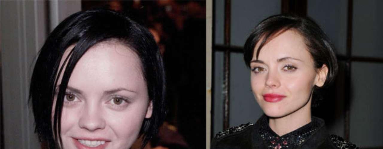 La actriz Christina Ricci, famosa por su papel en 'La familia Adams' antes lucía más natural, ahora más delgada.