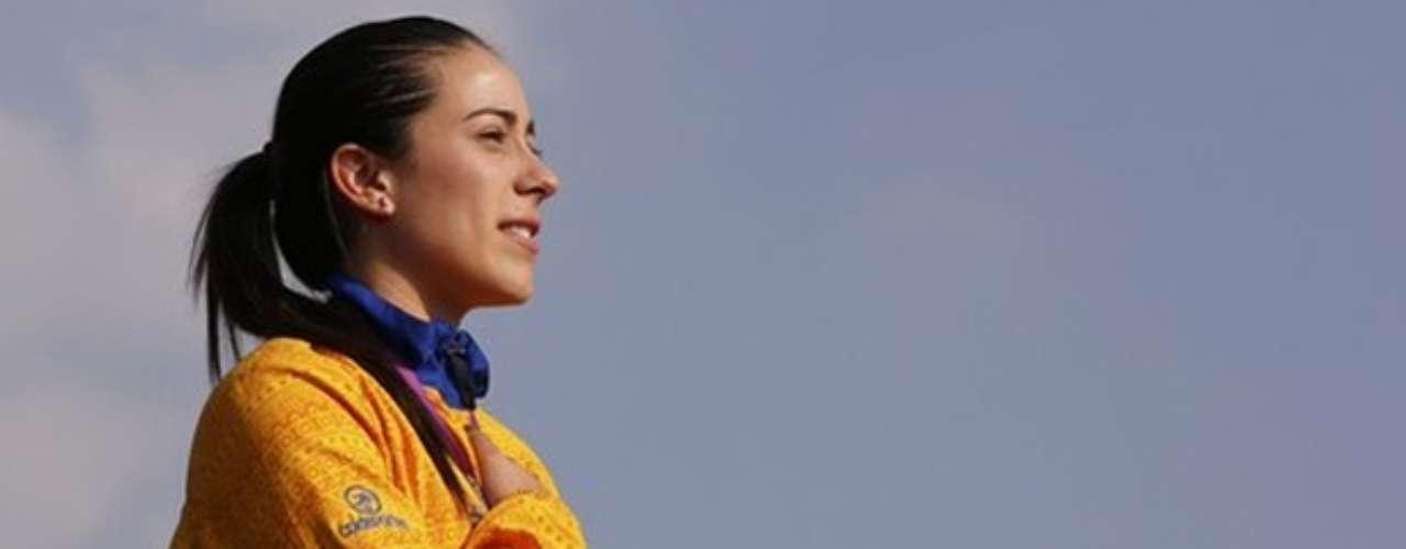 El himno nacional sonó por segunda vez en la historia de los olímpicos, esta vez el BMX le dio la preciada medalla a Mariana Pajón