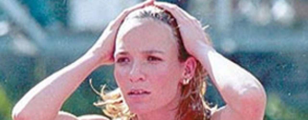 La atleta Ximena Restrepo fue la primera mujer en subir al podio olímpico, su bronce en Barcelona 1992 fue la primera medalla para latinoamerica en el atletismo