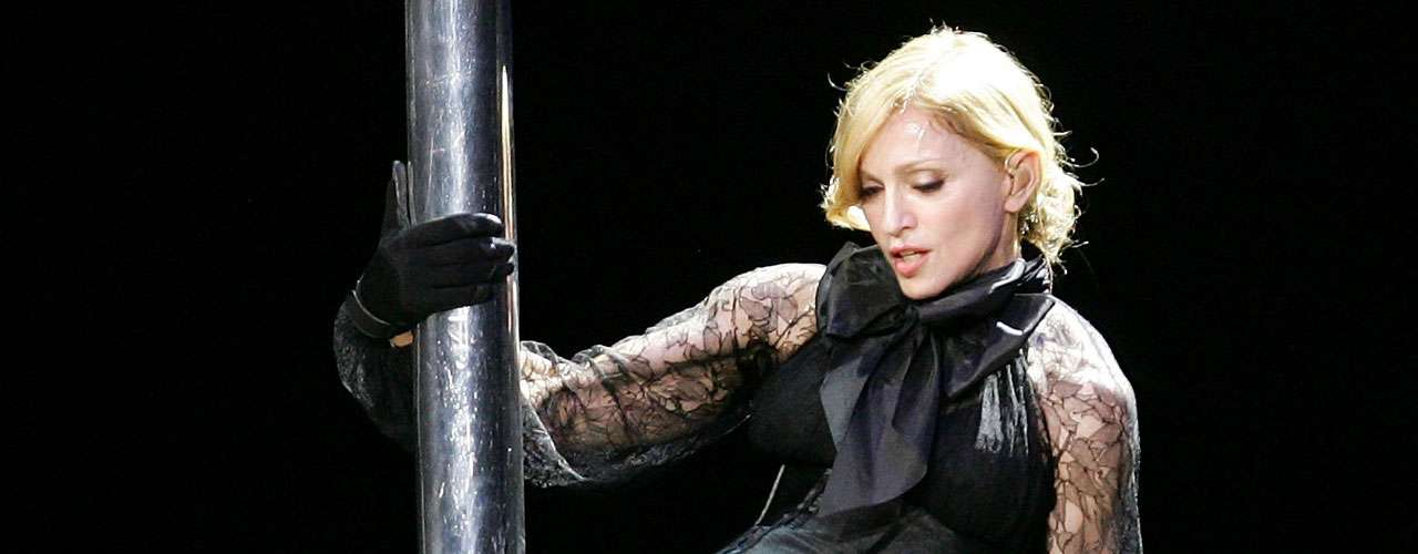 A Madonna también se le relacionó con varios hombres conocidos, como el cantante Lenny Kravitz, el rapero Vanilla Ice o el deportista Dennis Rodman.