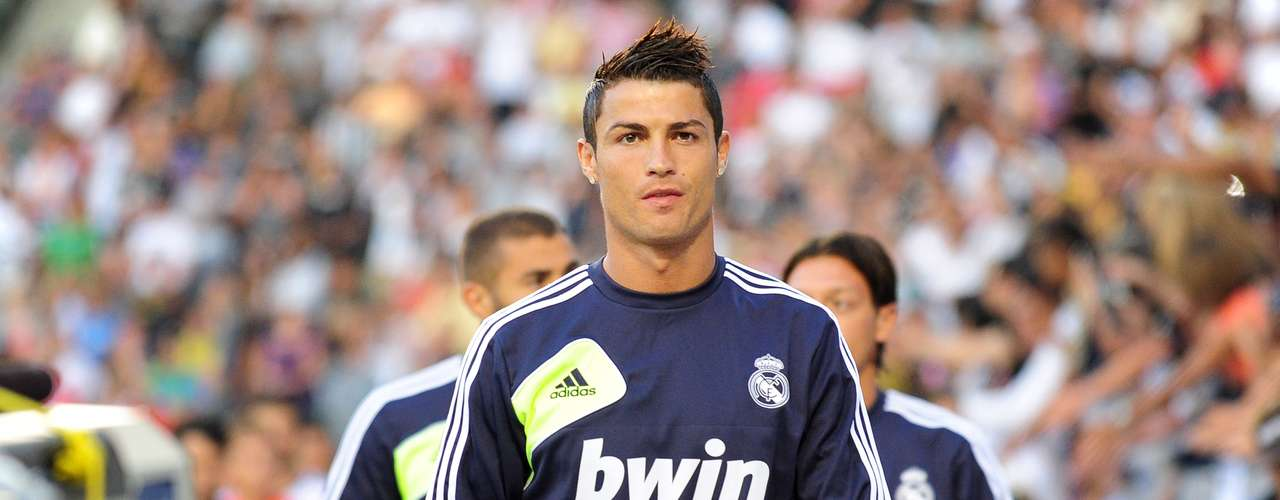 Cristiano Ronaldo luchará por imponerse a su homólogo blaugrana, Lionel Messi.