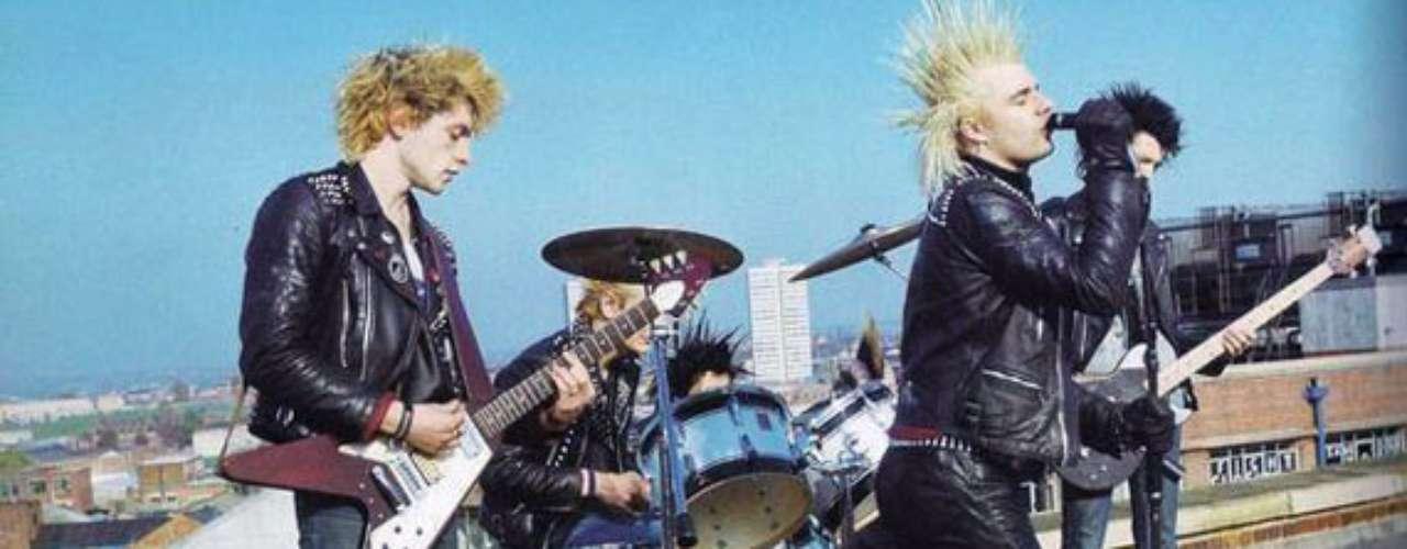 Para los amantes del punk el arribo de Charged GBH a Manizales significará el encuentro con una de las bandas más legendarias del Reino Unido. Oriundos de Birmingham han lanzado nueve discos de los cuales se destaca la serie que grabaron desde 1986 hasta 1992 con el sello Captain Oi!. Ellos serán el plato fuerte del día punk en el Grita Rock.