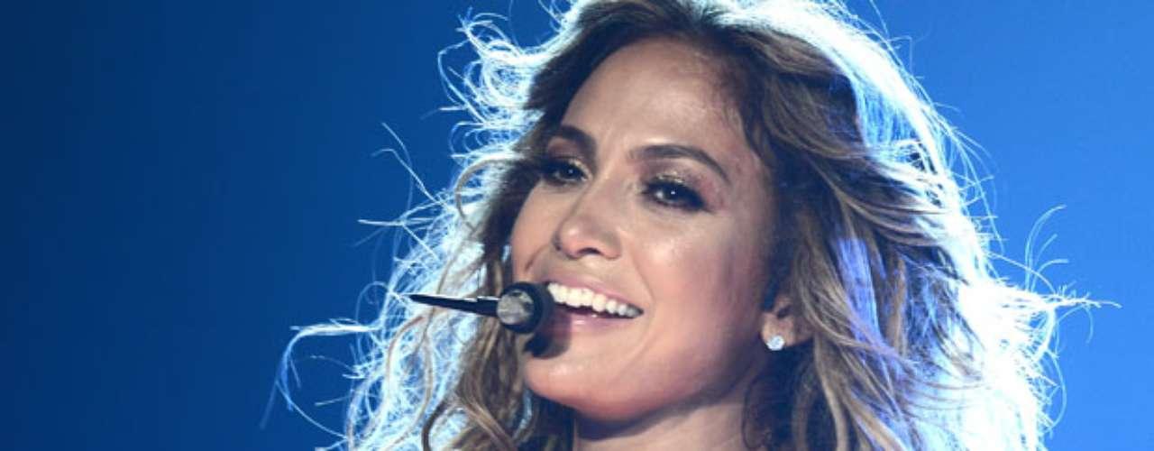 Como alucinante se puede describir el performance que J. Lo realizó en el emblemático lugar de la ciudad de Los Ángeles.