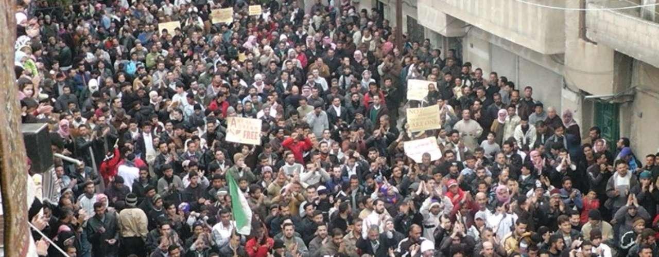 19 de diciembre de 2011: La Asamblea General de la ONU condena la situación de los derechos humanos en Siria.