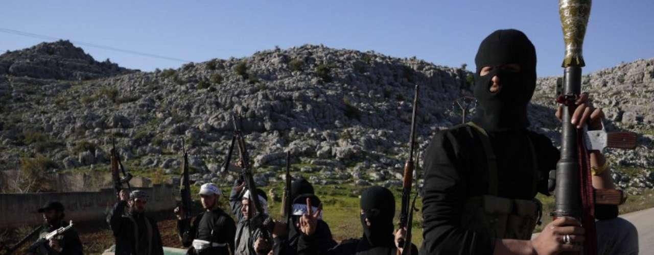 Abril de 2012: los rebeldes sirios comienzan a recibir armas para combatir el régimen de Bashar Al Asad.