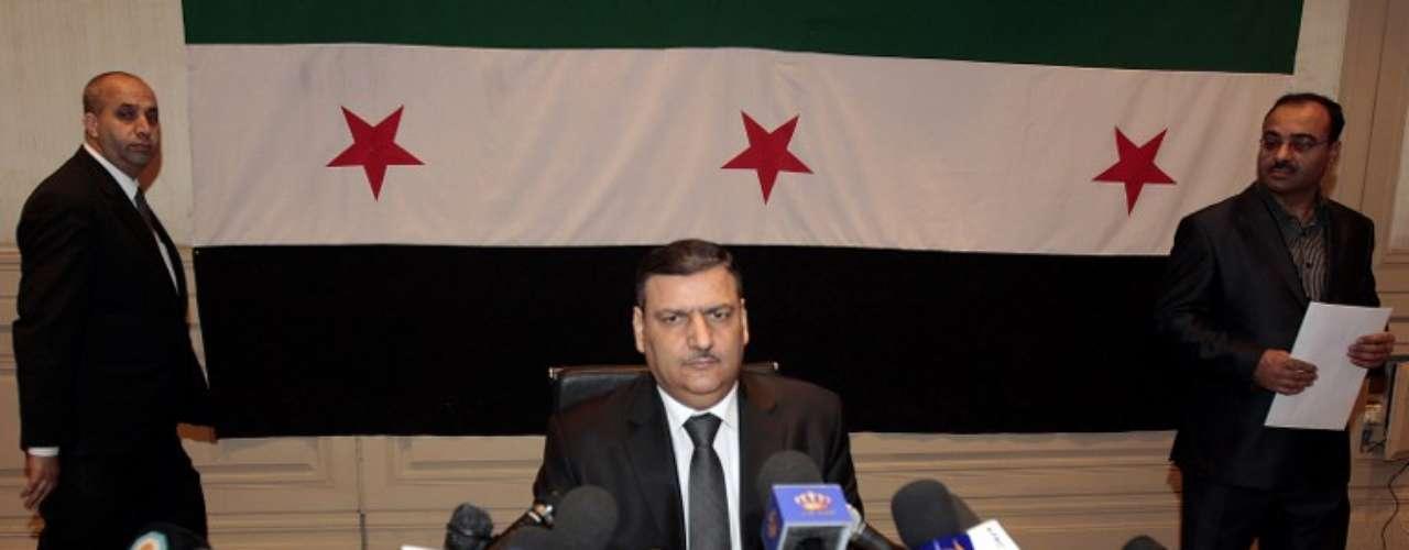 6 de agosto de 2012: Riad Hijab, primer ministro sirio, deserta y escapa a Jordania.