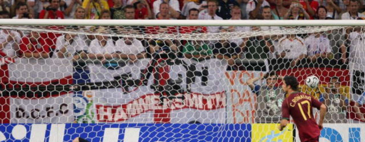 Crstiano Ronaldo scored the winning penalty kick in the Round of 16 match against England in the 2006 Germany World Cup.