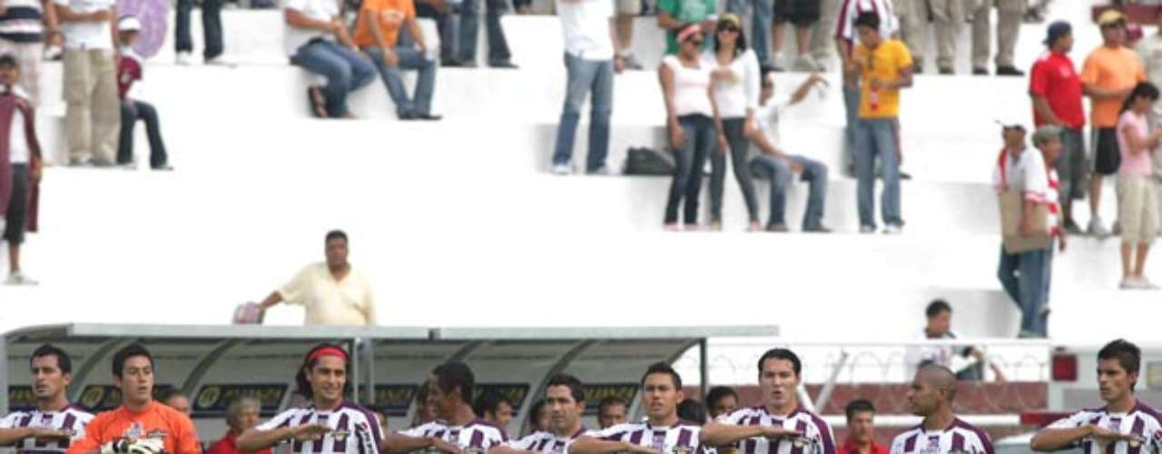 With information taken from Notimex and RCN Noticias, the club Salamanga in the Second Division, now gone from Mexican soccer, received 1,755,000 dollars from the drug trafficker  El Negro.