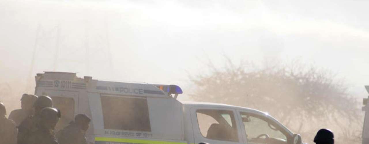 Un total de 259 personas también fueron detenidas por diversos delitos relacionados con los altercados acaecidos en la mina de platino de la empresa Lonmin en Marikana, a unos 100 kilómetros de Johannesburgo.