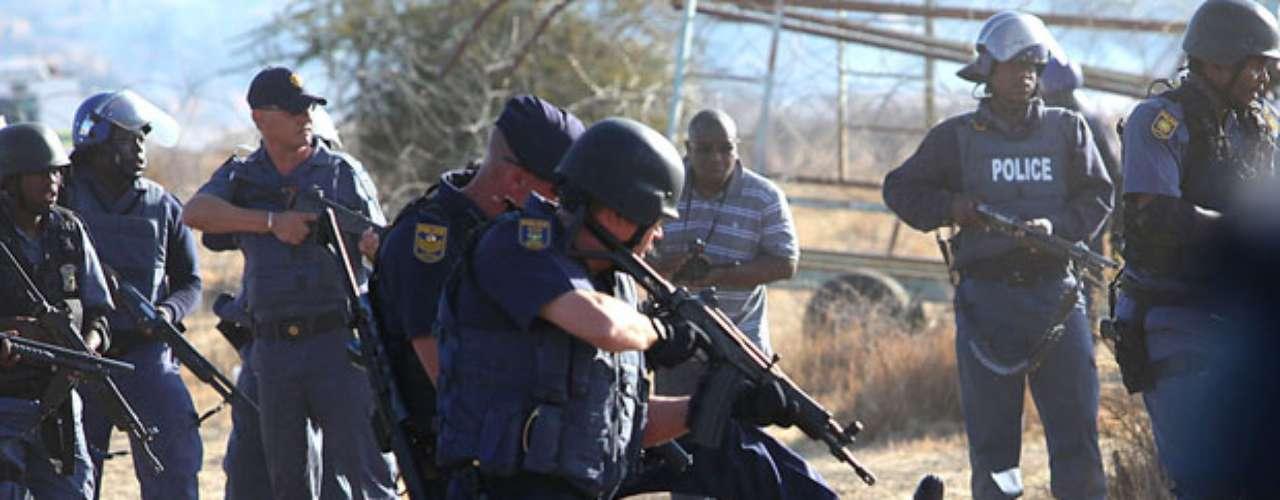 De acuerdo a la comisaría general de la Policia, los agentes se vieron obligados a \