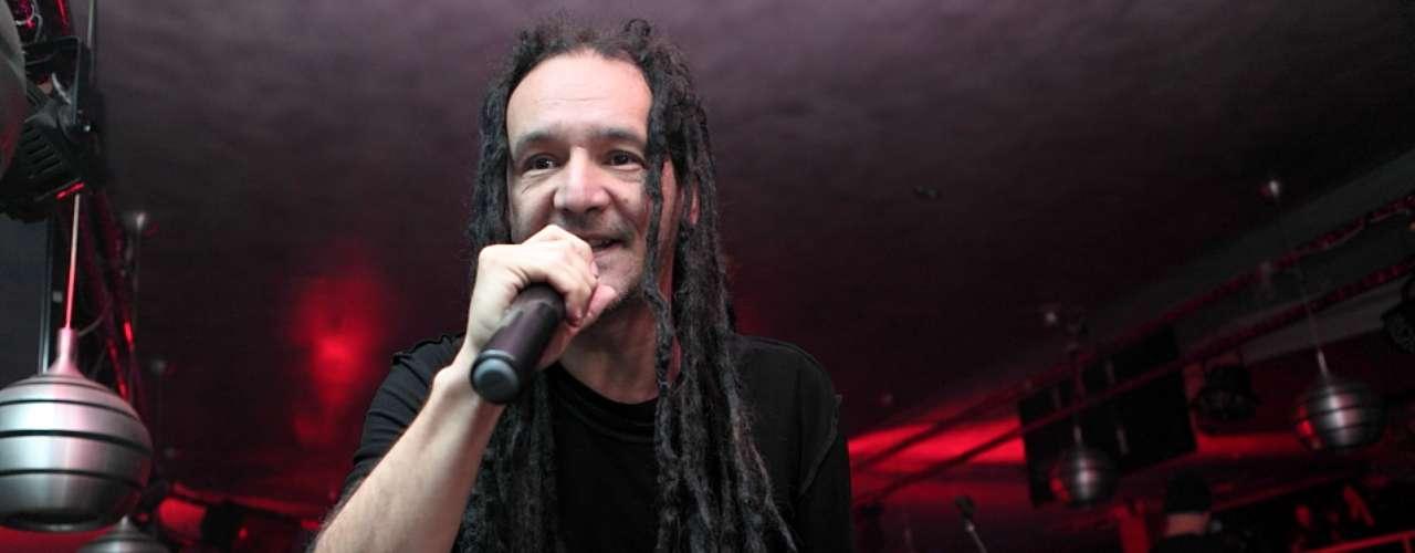 El concierto de La Pestilencia se dividió en dos tandas de 60 minutos, donde interpretaron 35 canciones en un show único y sin precedentes en la capital colombiana.
