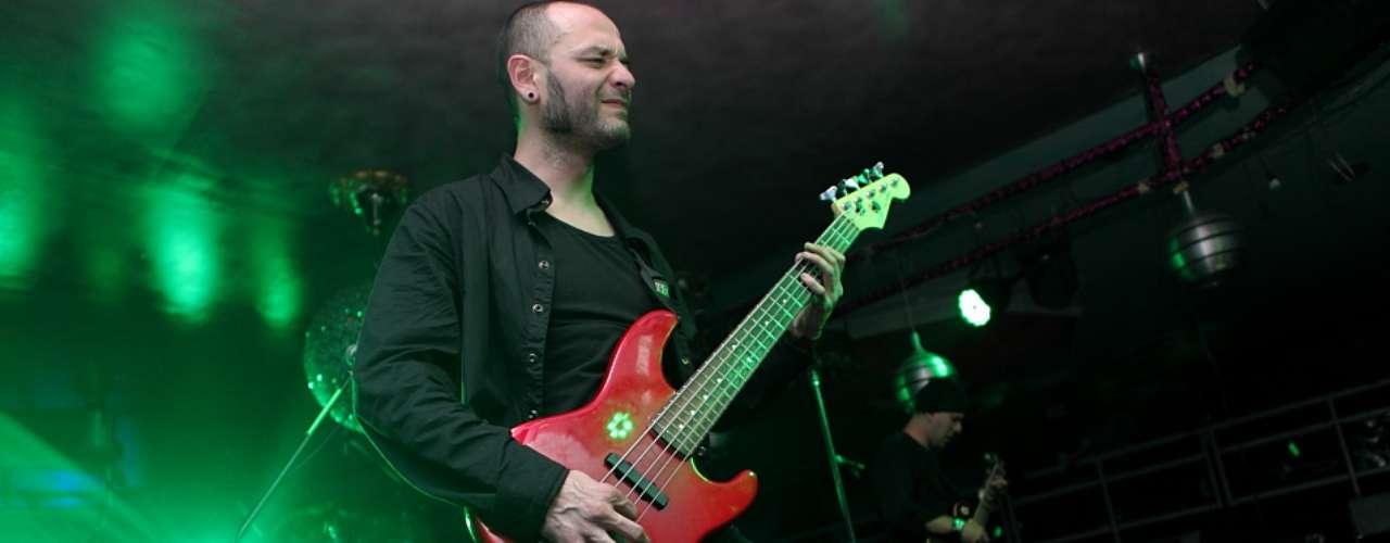 'Mentiras', 'Pesticida' y 'Descalzo y al vacío' fueron las canciones más coreadas por los asistentes del disco Paranormal.