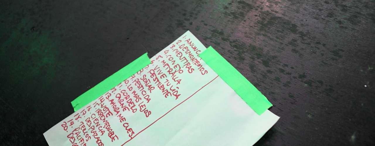 Este  fue el set list de la primera tanda del concierto de La Pestilencia en Bogotá.