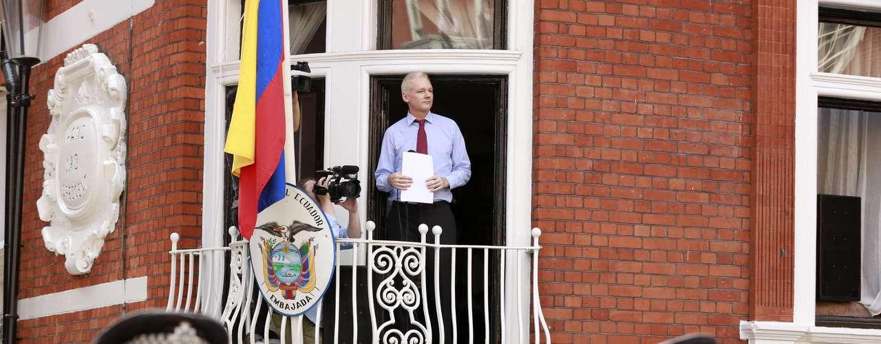 La semana pasada Ecuador le concedió asilo diplomático y reclama a Gran Bretaña, por el momento sin éxito, un salvoconducto para que el australiano pueda salir del país.