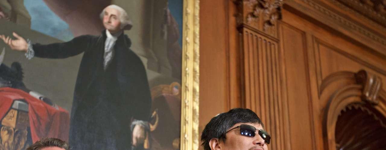 El activista disidente chino Chen Guangcheng, que se encuentra en Estados Unidos tras escapar de su arresto domiciliario, se refugió 22 de abril de este año en la embajada estadounidense en Pekín.