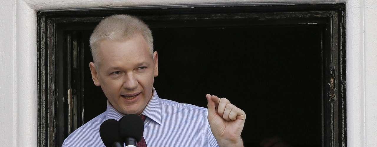 Julian Assange lleva varios meses en la embajada de Ecuador en Londres. Es imposible saber cuánto más permanecerá mientras se mantenga el conflicto entre Ecuador, que le dio asilo, y Reino Unido, que quiere extraditarlo a Suecia, donde el fundador de WikiLeaks es requerido por delitos sexuales que él niega.