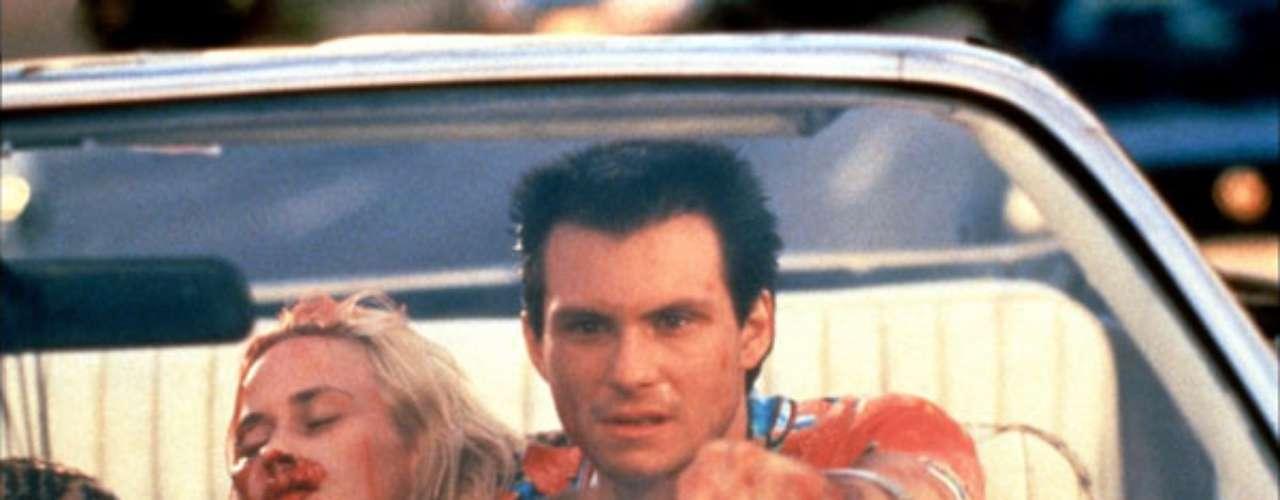 Después de contar con Bruce Willis en  la irregular 'El último boy scout' (1991), conoce a Quentin Tarantino y le ofrece dirigir uno de sus guiones. El resultado fue la violenta 'Amor a quemarropa' (1993), largometraje de presupuesto modesto y reparto brillante en el que destacaban Christian Slater, Patricia Arquette, Brad Pitt o Gary Oldman, entre otros.
