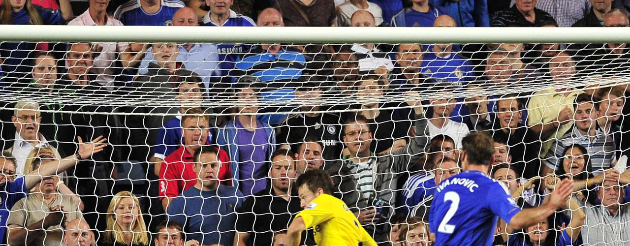 Baislav Ivanovic scores in the 84th minute after a counter attack by Chelsea when Reading's goalkeeper was on Chelsea's box trying to head the ball off a corner.