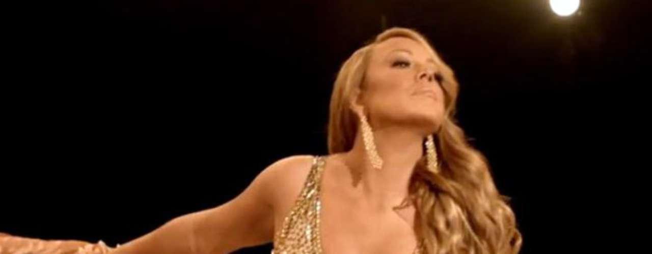 La artista irradia sensualidad en las tomas que fueron grabadas en un verdadero ring.