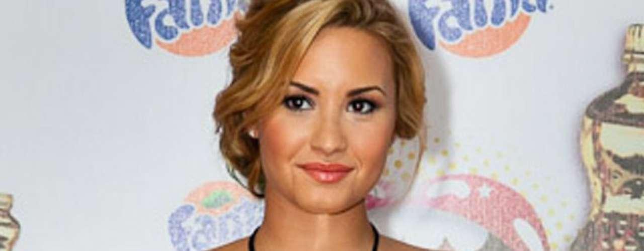 Demi Lovato fue la sensación de la noche, durante la ceremonia de entrega de los \