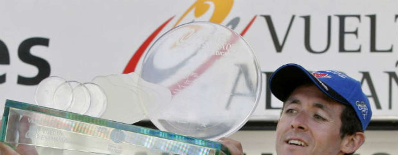 El español Roberto Heras Heras fue sancionado tras dar positivo por eritropoyetina recombinante con ocasión del control de dopaje en la vigésima etapa de la Vuelta a España 2005, la contrarreloj Guadalajara-Alcalá de Henares. Hace dos años le fue levantada la sanción.
