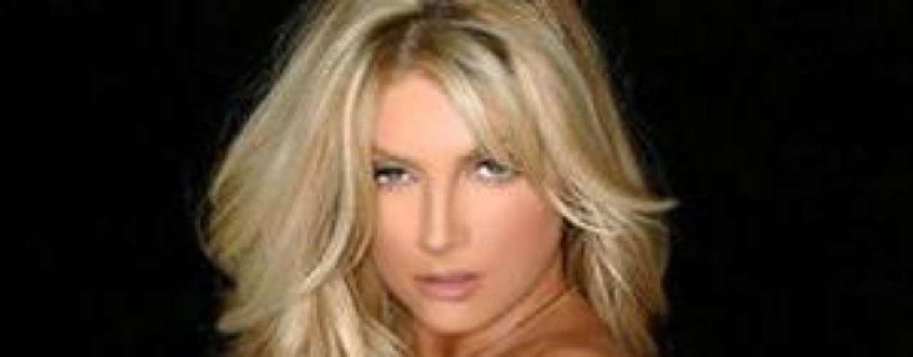 Roderick ha posado para Playboy y ha sido considerada como una de las modelos más sexys de la revista. Tiene un hijo con Cadrez.