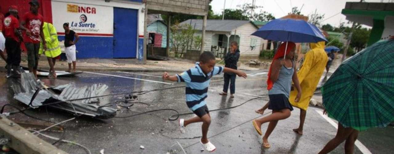 La destrucción que dejó a su paso Isaac en República Dominicana se ve evidenciada en esta foto