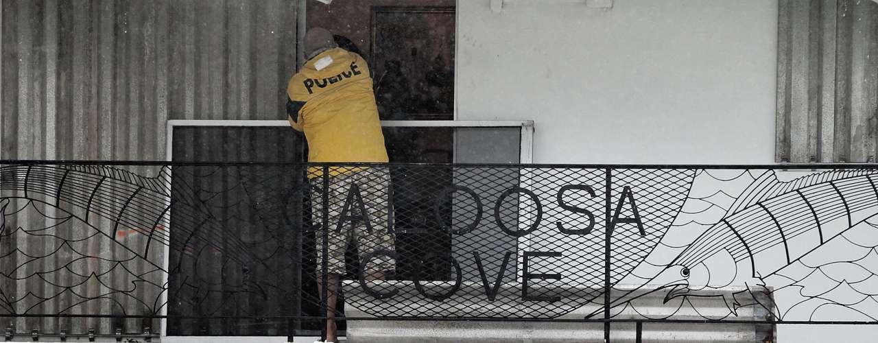 Según las autoridades de Cayo Hueso, hubo turistas que prefirieron quedarse allí pese a las recomendaciones de las autoridades de que que regresaran a sus lugares de origen.